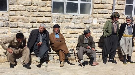 تصویری از مردان روستای کماله