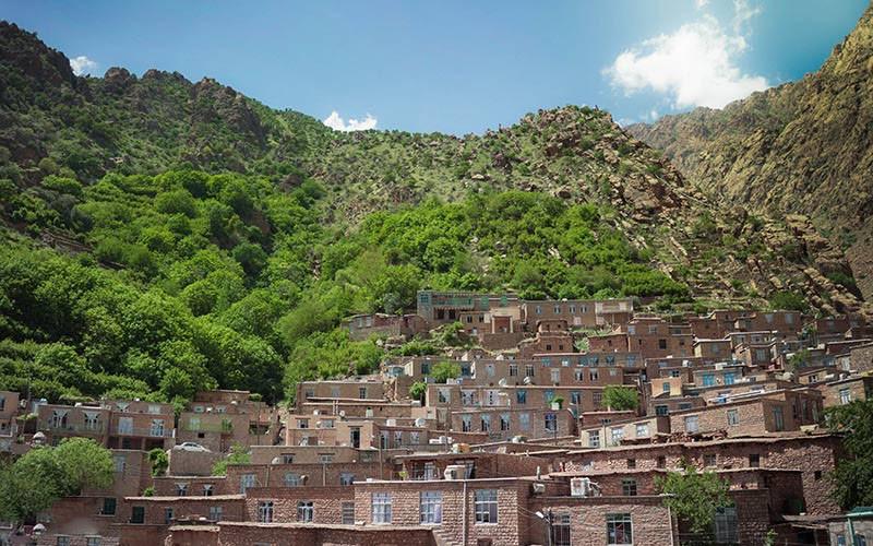 معماری پلکانی روستای ژیوار
