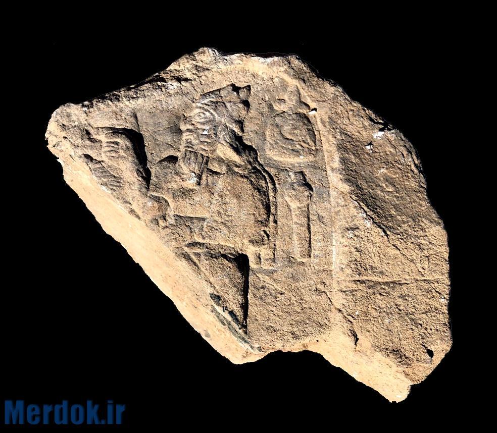 بخشی از یک نقش برجسته آشوری کشف شده در شرق هورامان، موزه باستان شناسی سنندج